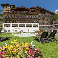 1_hotel_croce_bianca_summer-3-Copy