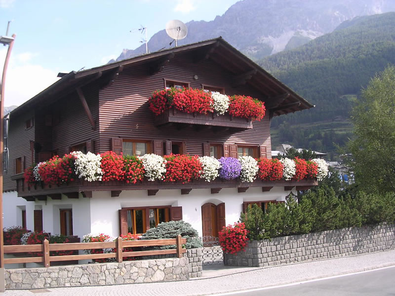 Chalet Tania Luxury Apartments